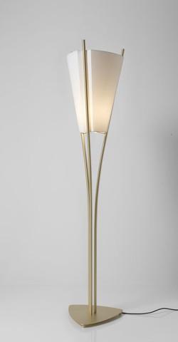 Curve Floor Lamp-Cvl