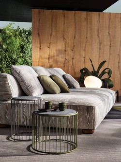 Caulfield Low Table outdoor-min