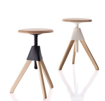 Jerry Stool-mag