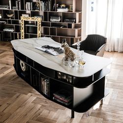 Wall stree desk-catt