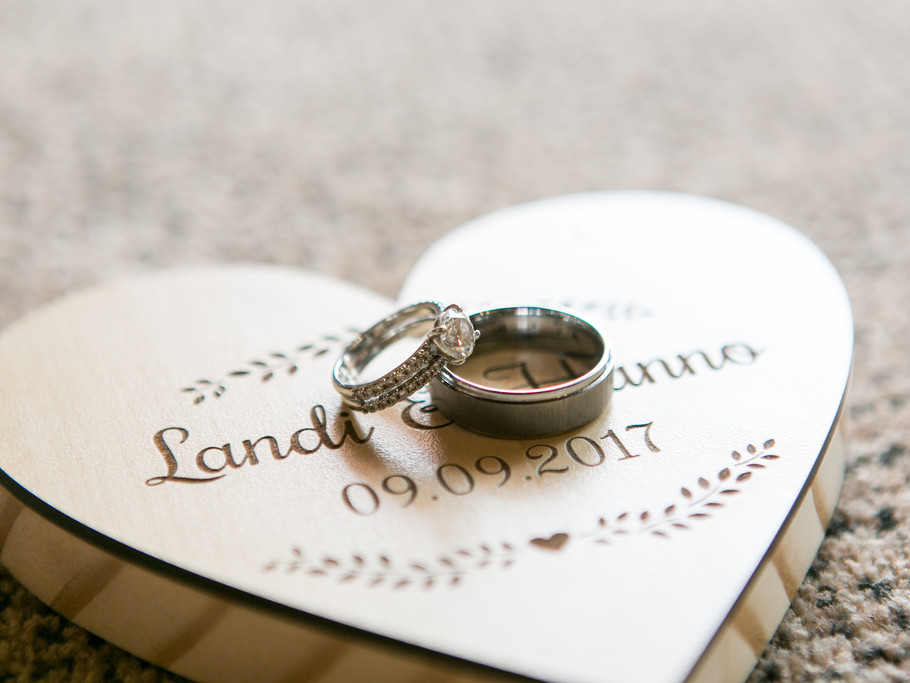 Stunning Wedding Ring Box