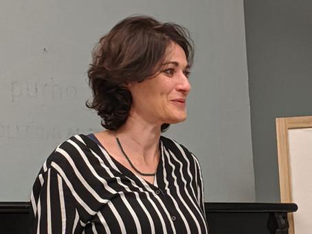 """Il circolo Timé ospita la musicista e scrittrice Stefania Surace e il suo libro """"Panni Sporchi"""""""