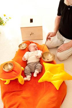 Baby-Klangmassage