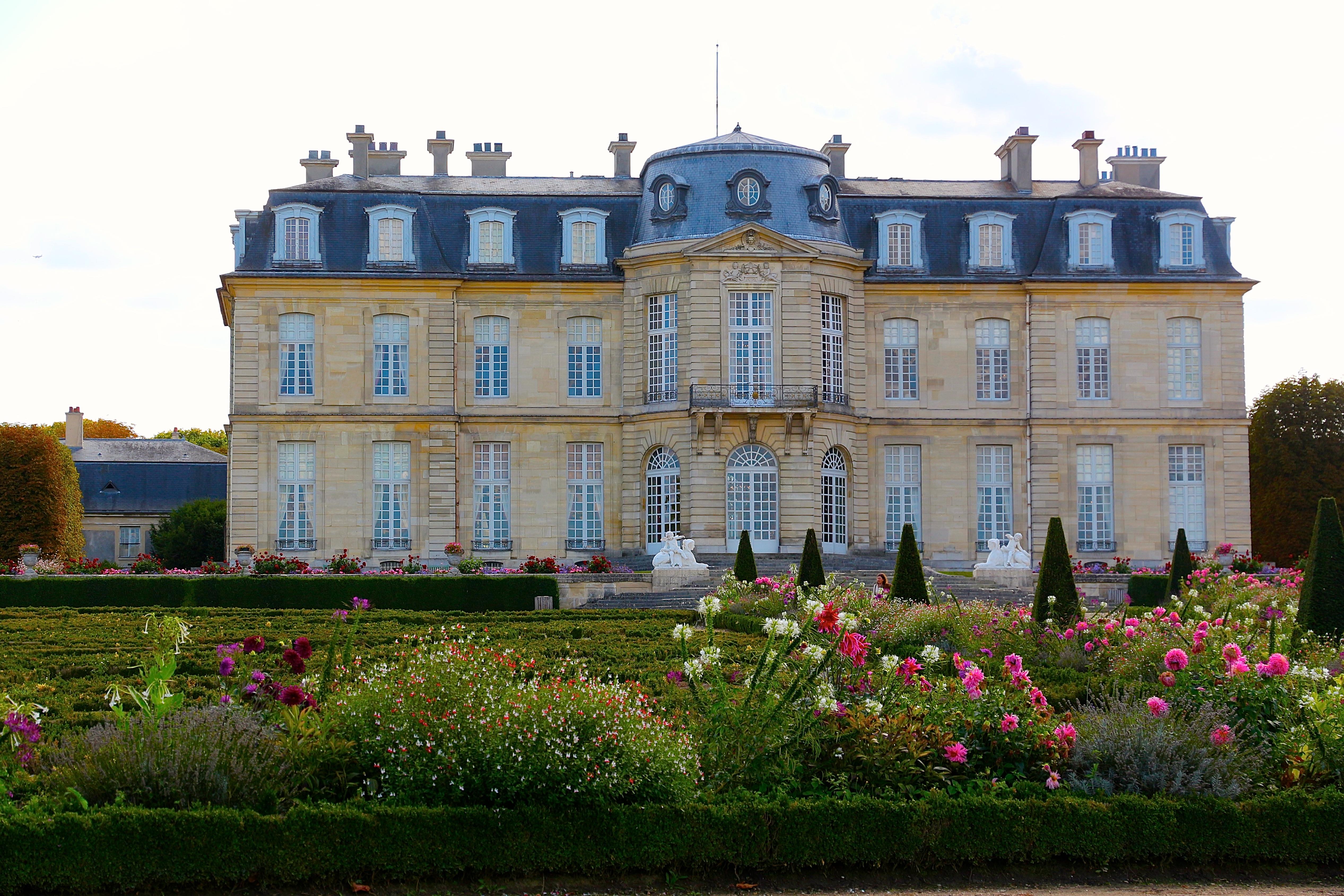 la façade nord, côté jardins