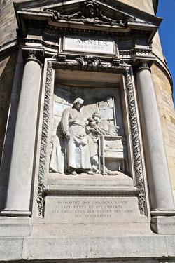 le monument à Stéphane Tarnier
