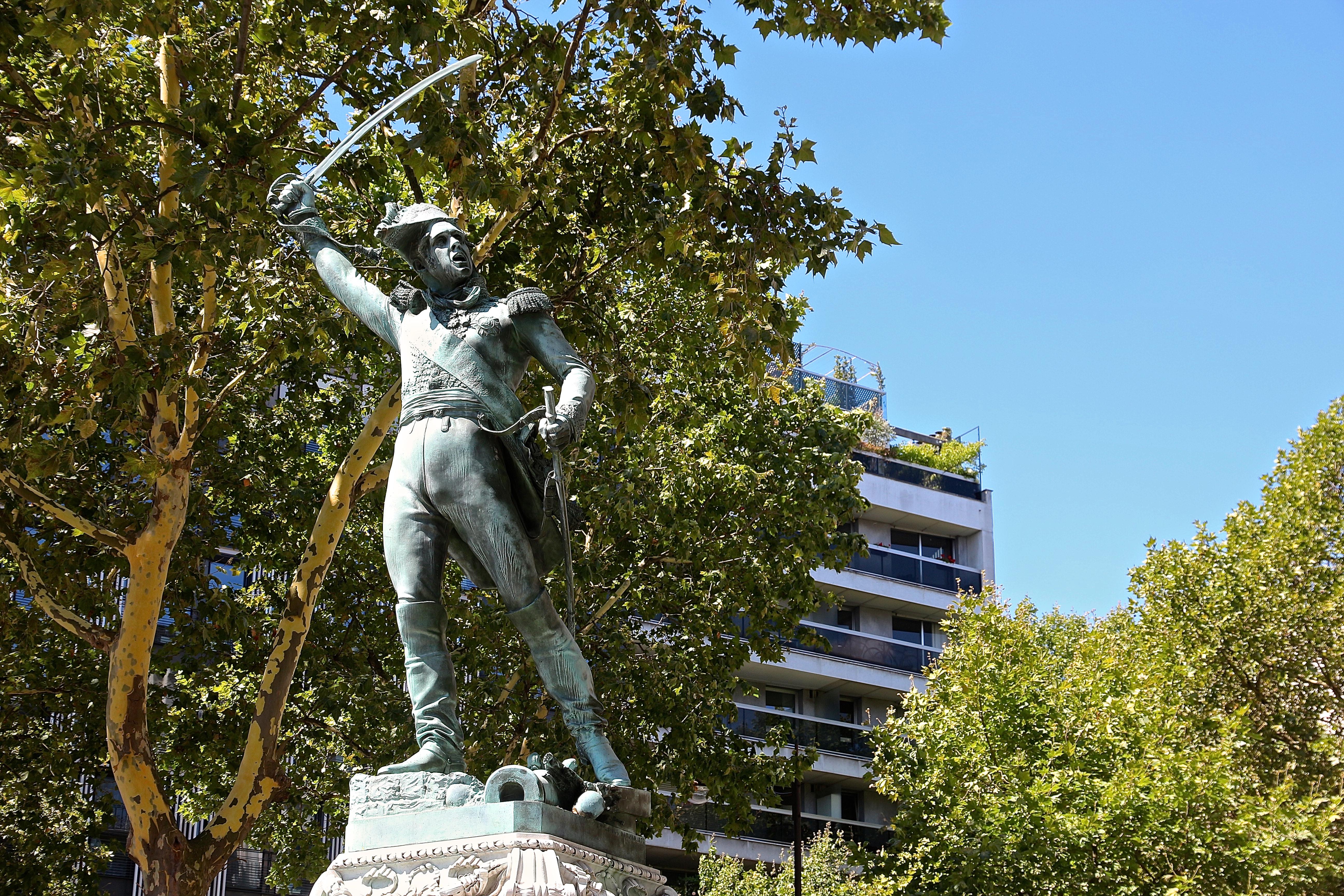 le monument à Michel Ney