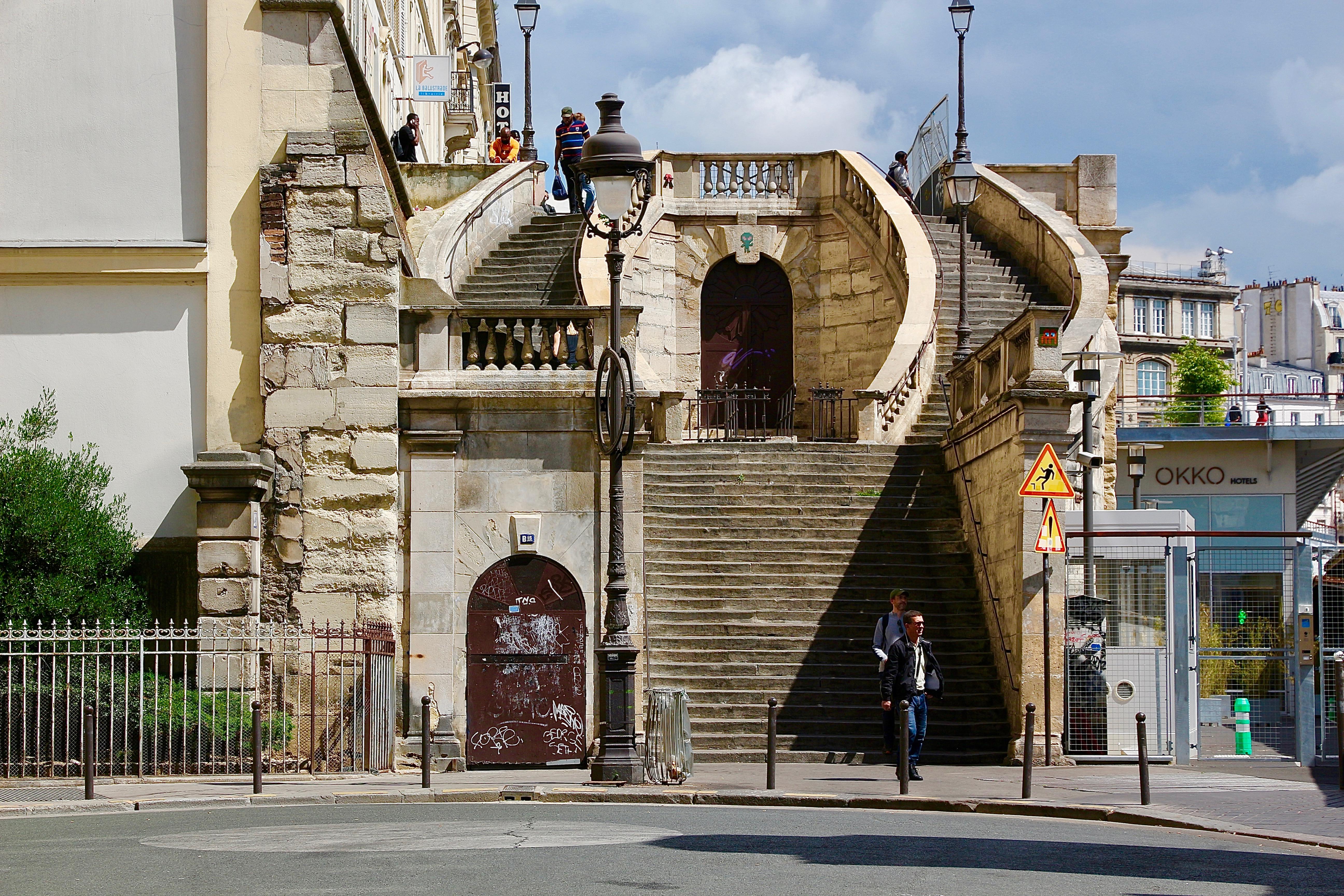 """l'escalier du """"Clan des Siciliens"""""""