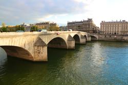 le Pont-Royal