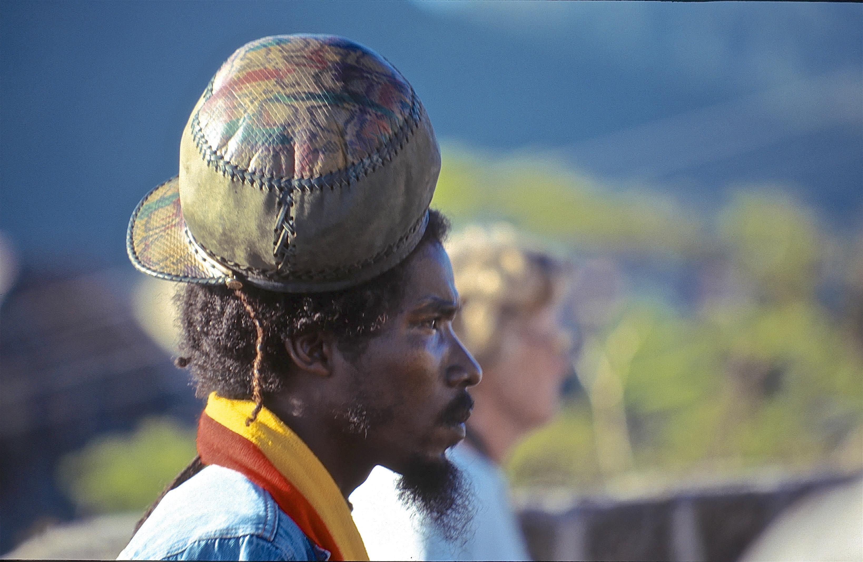 1999, Grenadines