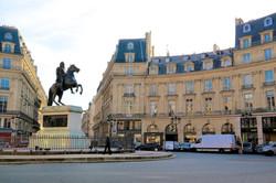 la Place des Victoires