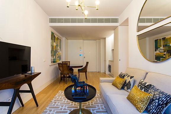Stylish an Trendy Apartment