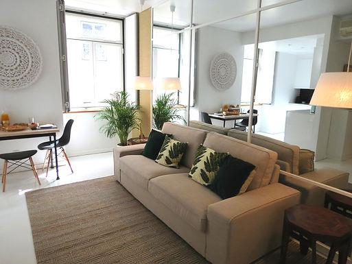 Trendy Apartment - Heart of Chiado