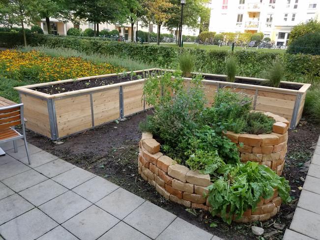 Kids, Gardens, Munich