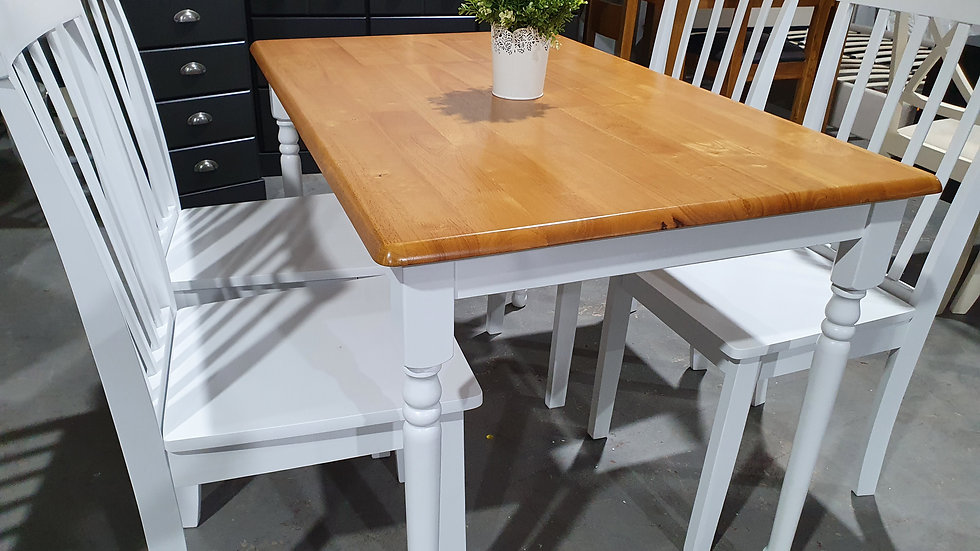 Oak top white dining table & 4 chairs