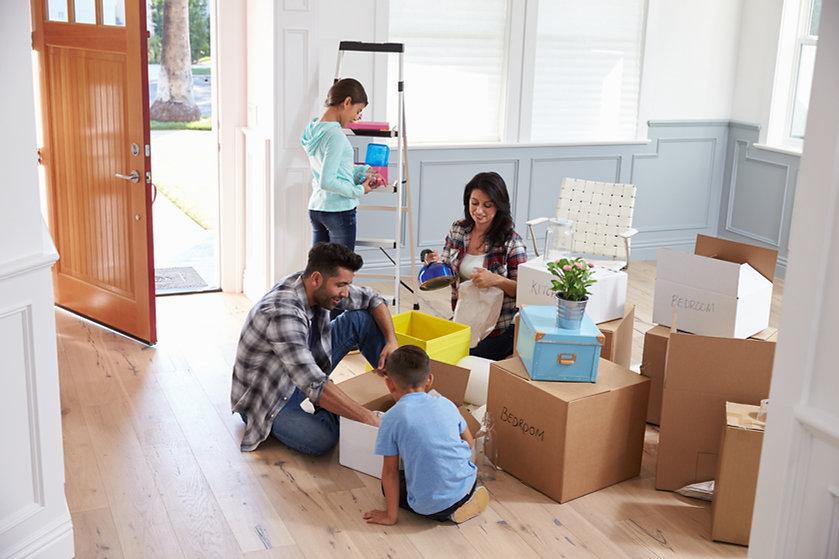 Hispanic family moving.jpg