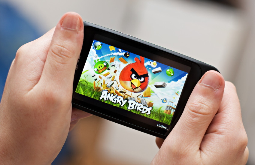 Is Mobile Gaming a threat to Consoles?
