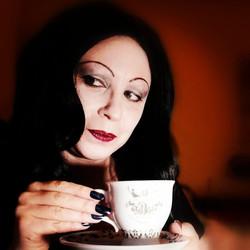 Morticia Addams Halloween 2020