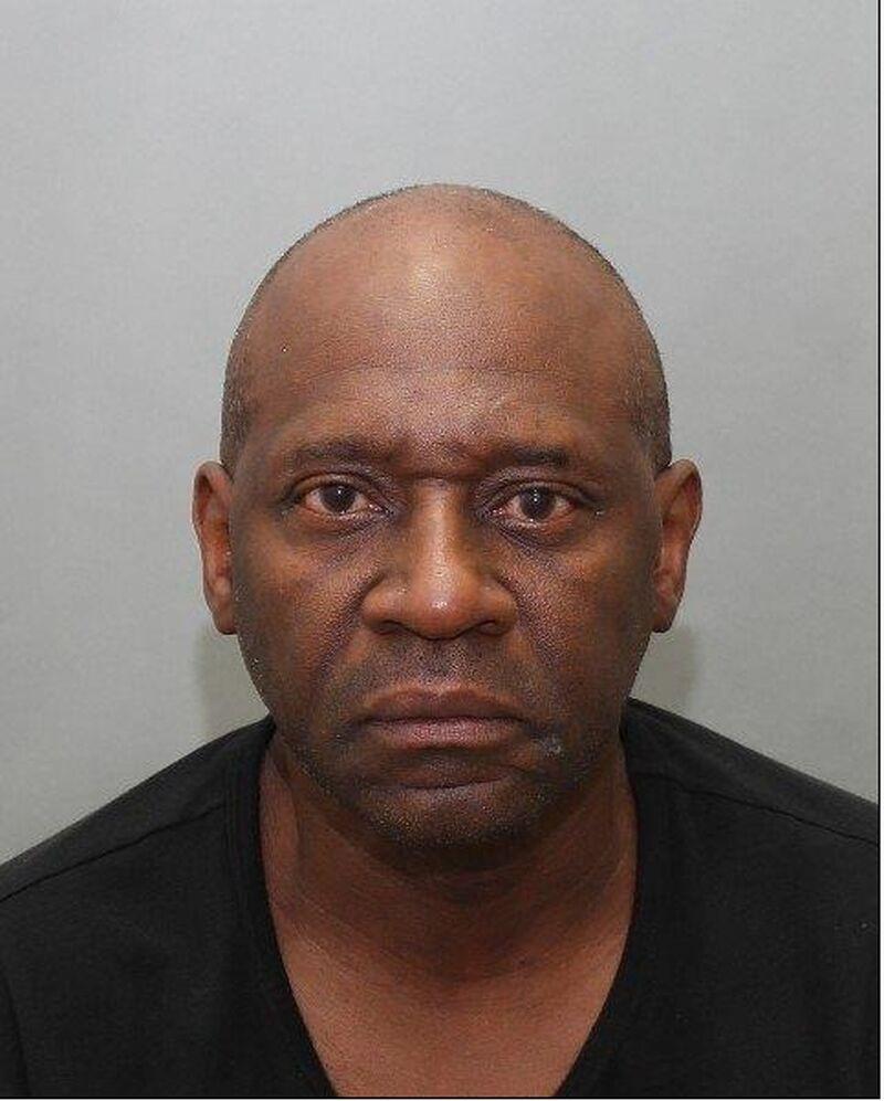 arrestado por allanamiento de propiedad privada, David Richards 'Produce Bandit', 60
