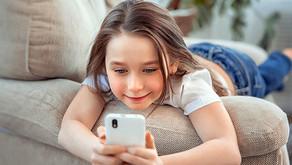 Esto es lo que les sucede a los ojos de los niños adictos a los dispositivos móviles