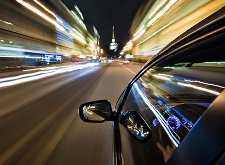 5 COSAS QUE JAMÁS DEBES HACER SI CONDUCES UN AUTO CON TRANSMISIÓN AUTOMÁTICA