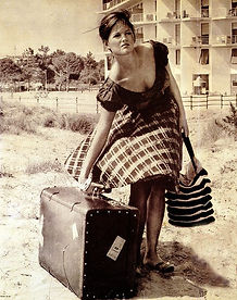 Claudia Cardinale, Dziewczyna z walizką