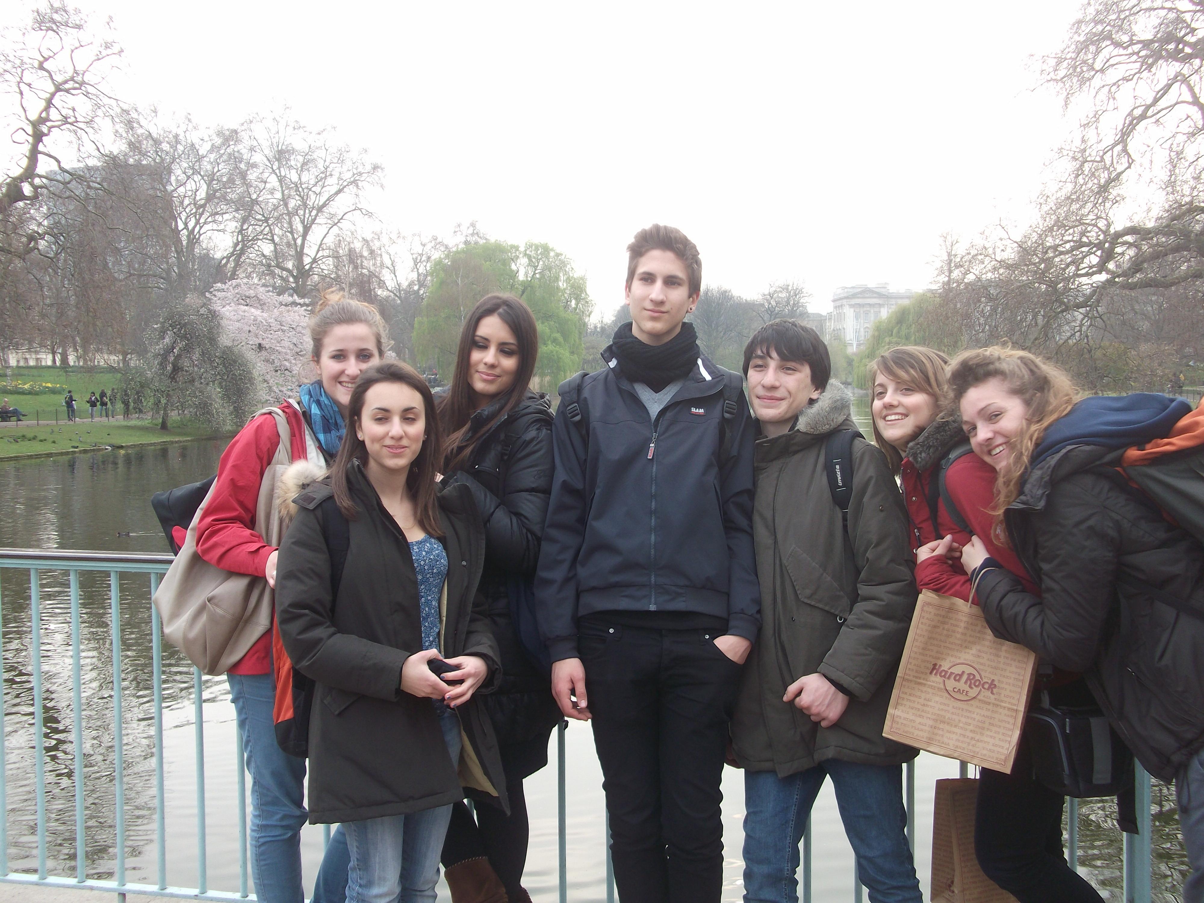 London kids 2011 (13).jpg