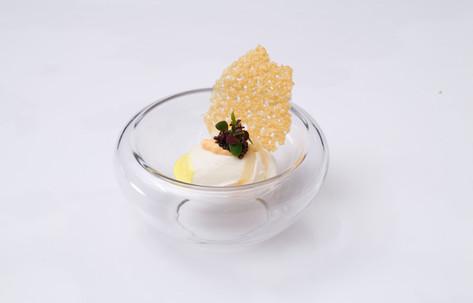 Oeuf Poché Crème de Choux Fleur Haddock et Caviar