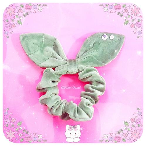 Leafy scrunchie