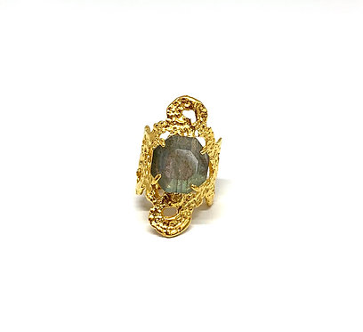 Lace Ring With Labradorite