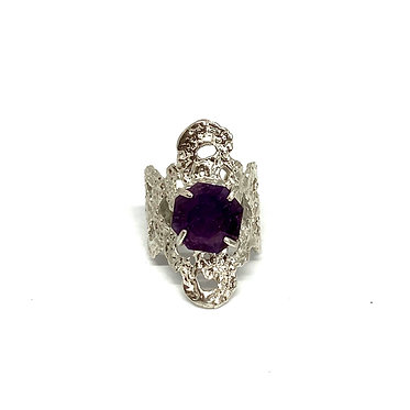Lace Ring with Amethyst