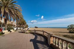 promenade at the big sand beach, wit