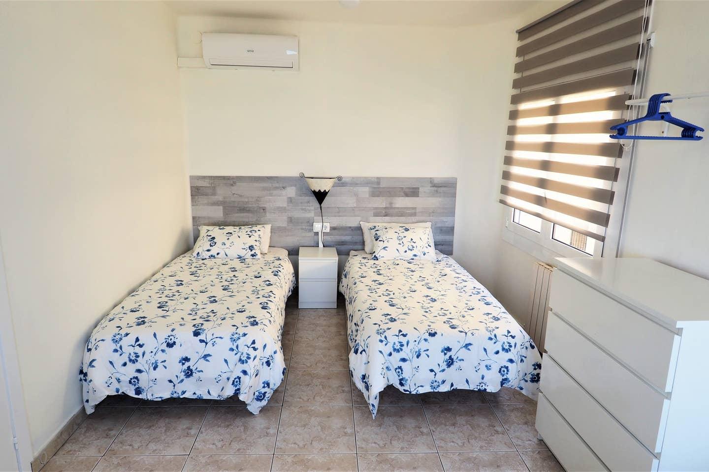 Bedroom V: 3