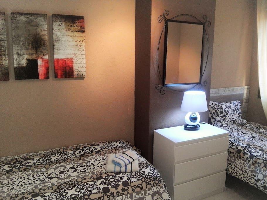 Bedroom III 2 single beds, commode