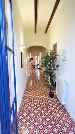 long floor between the rooms
