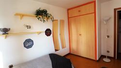 Bedroom III: 2 single beds, wardrobe, mirrow