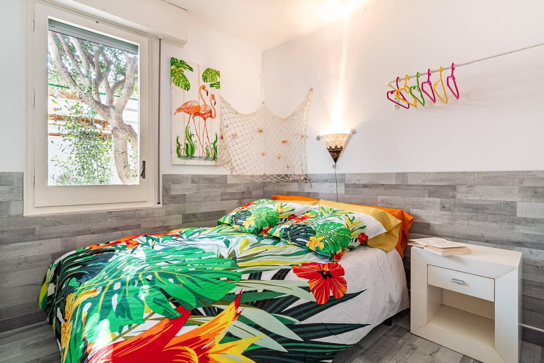 Bedroom III: 1 double bed (queen-siz