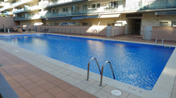 pool, opend the whole year