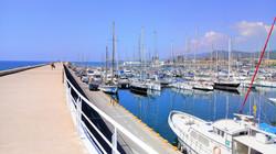 Steg und Hafen