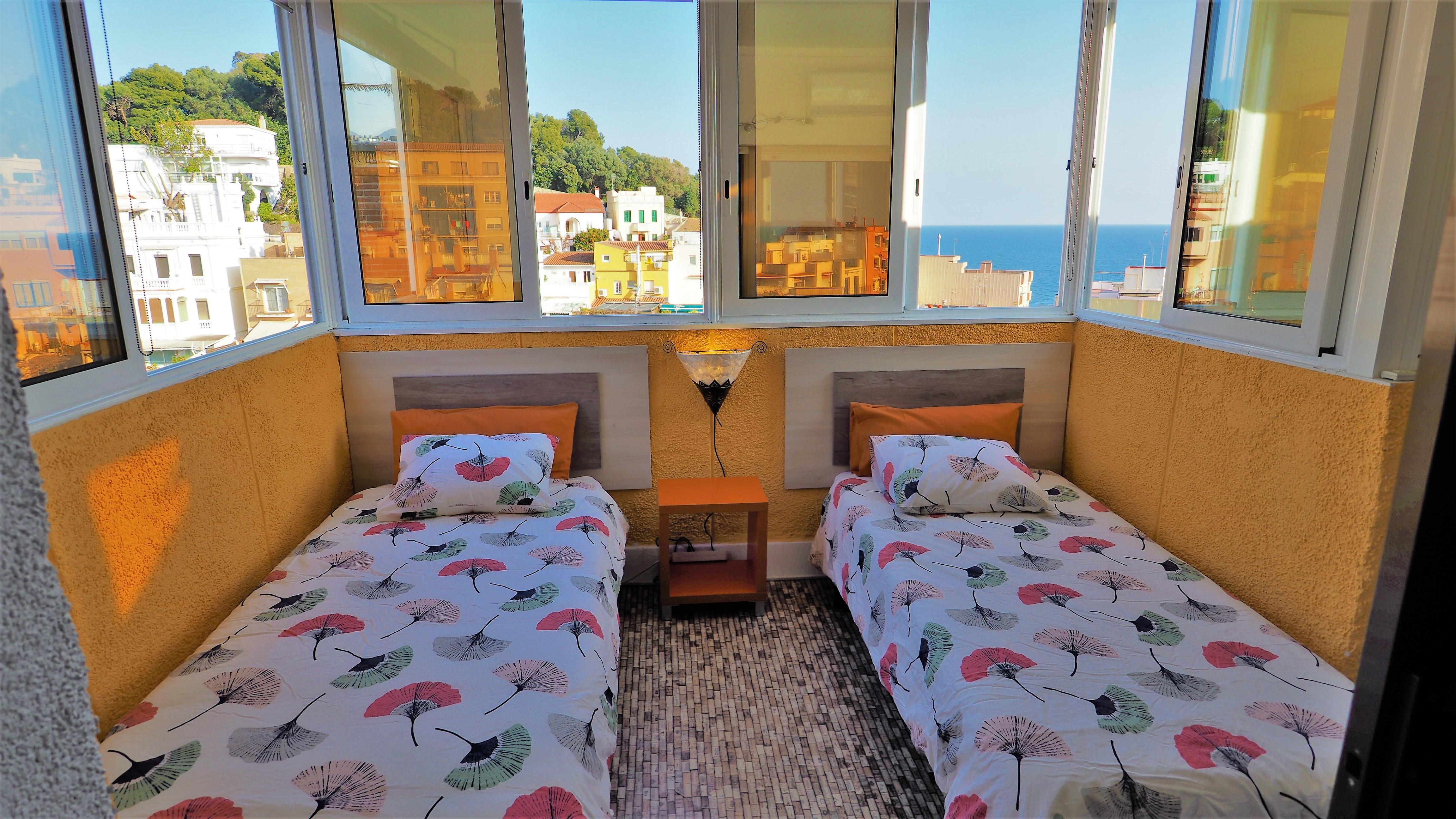 Bedroom IV 2 single bed, view sea