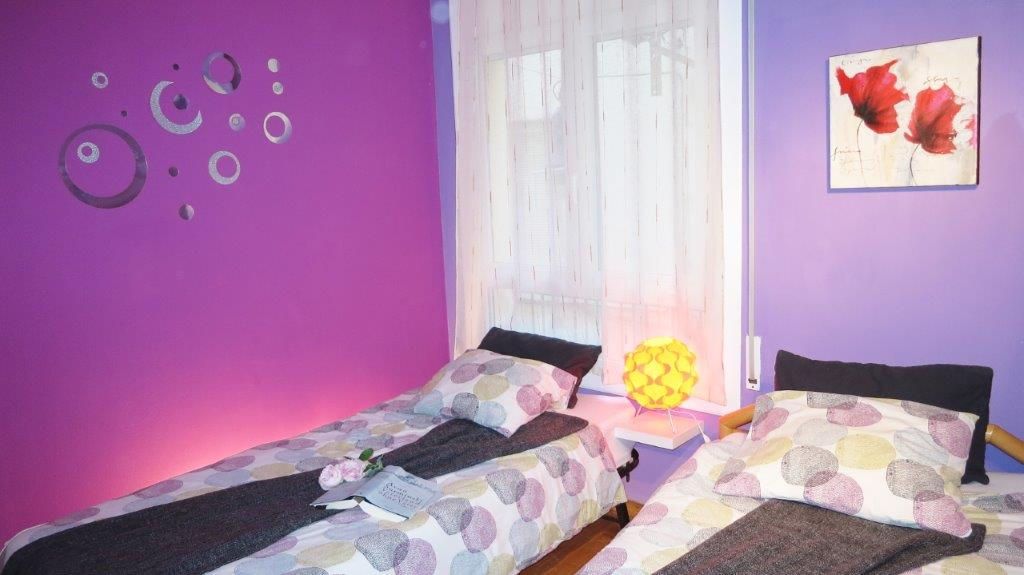 Singl beds