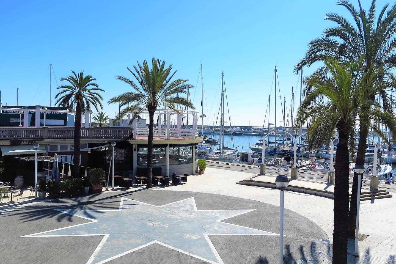 Marina Port within a 10- minutes-wal