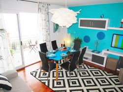 Wohnzimmer mit Flachbild Fernseher