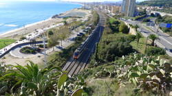 By train within 20 minutes in the inner City (La Rambla)