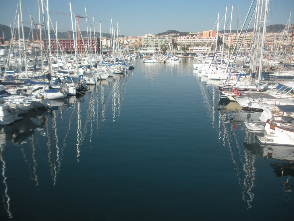 Marina of Mataró with countless restaurants