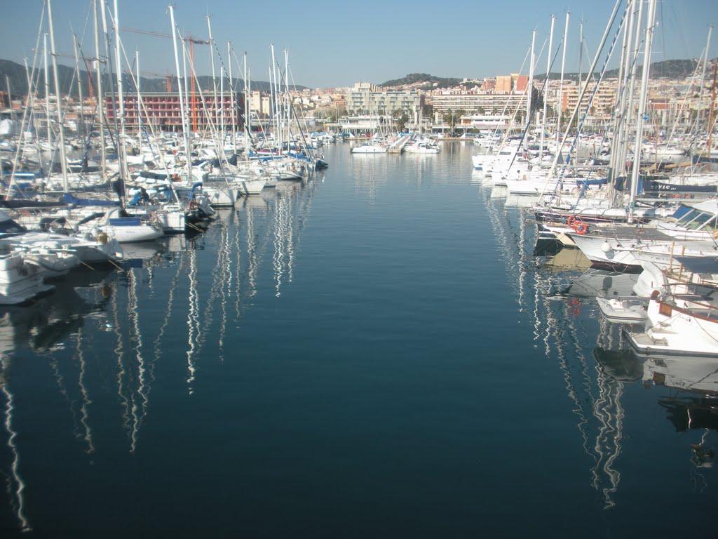 Marina of Mataró with countless restaurants
