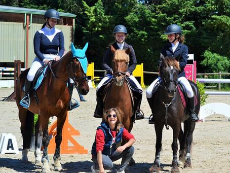 🌈🌈🌈 Portrait de Cindy Gamore, coach et fan des poneys d'Hurl'vent