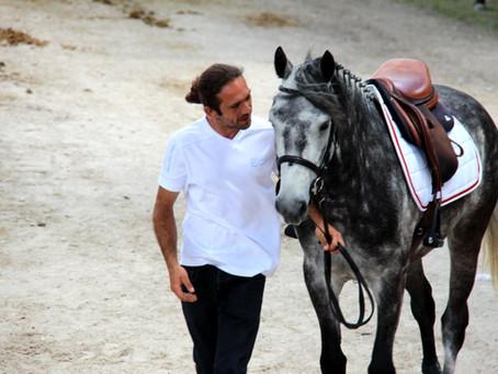 🌈🌈🌈 Portrait de Vincent Munoz , originaire de l'Isère, passionné de cheval depuis des années