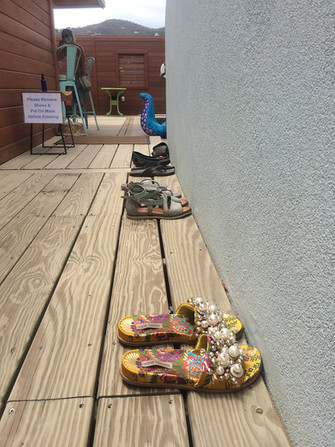 All shoes on entry deck please