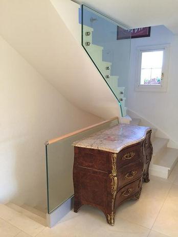 @gard-corp escalier en verre