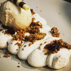 cremós de ratafia amb galetes de Camprodon